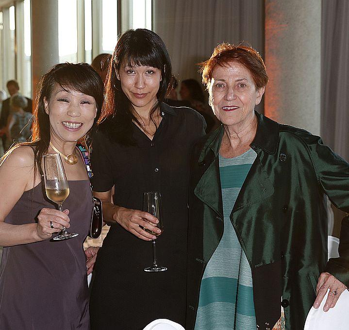 guest, Yuriko Jackall, Camen Gimenéz